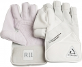 Chase R11 Wicket Keeping Gloves
