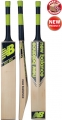 New Balance DC 880 Cricket Bat