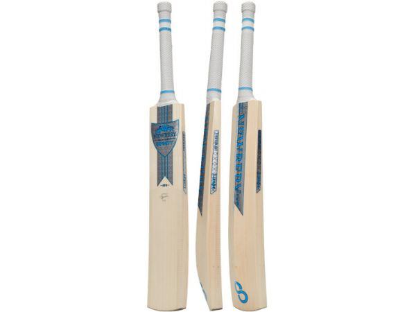 63187bd8b276 Newbery Infinity G4 Cricket Bat