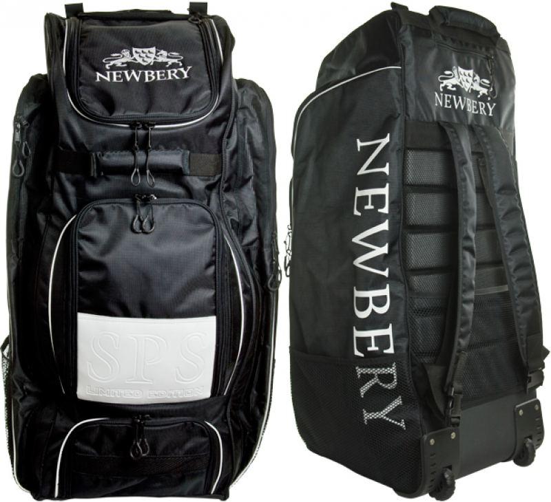 Newbery Cricket Unisexs SPS Cricket Wheelie Bag One Size Black